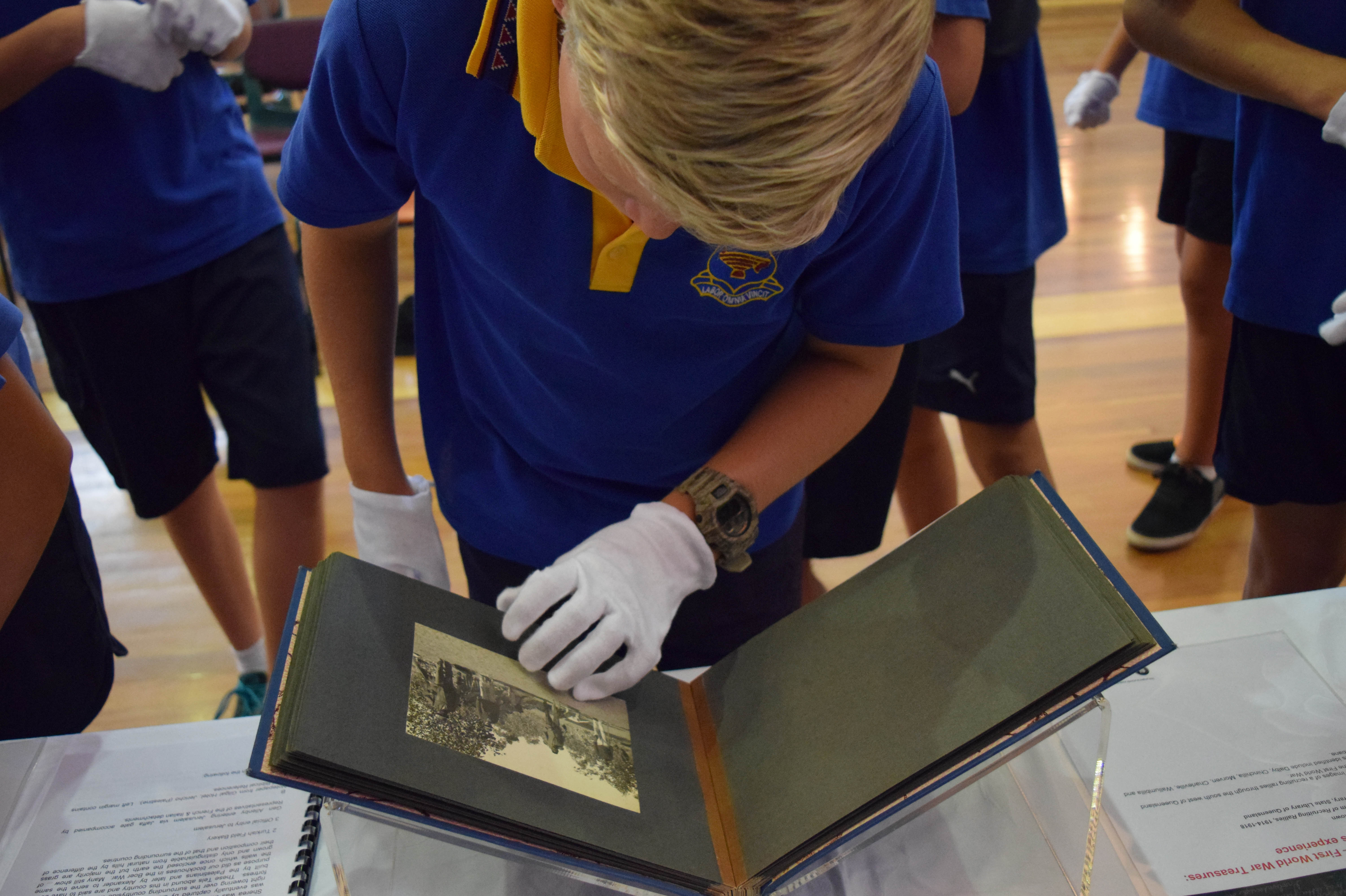 SLQ Summer Festival - white gloves tour